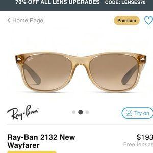 Ray ban new wayfarer sunglasses great condition